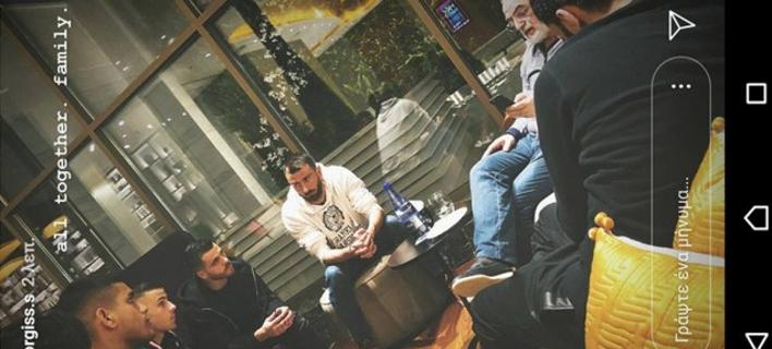 Εμφανίστηκε ο Ιβάν Σαββίδης -Συνάντηση με τους αρχηγούς του ΠΑΟΚ στο «Μακεδονία Παλλάς» [εικόνα]
