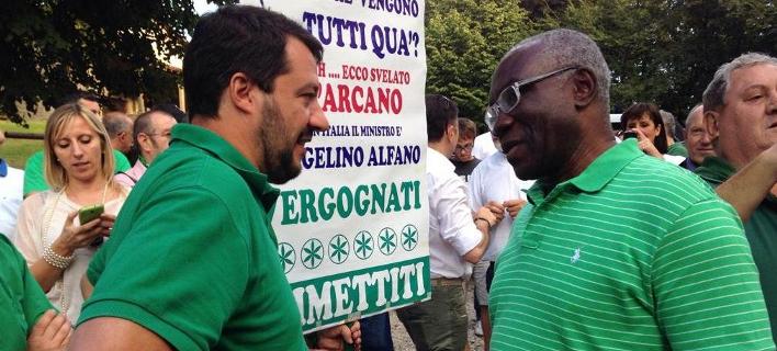 Ο ηγέτης της Λέγκας του Βορρά, Ματέο Σαλβίνι και ο γερουσιαστής του κόμματος, Τόνι Ιγουόμπι (Φωτογραφία: Twitter)