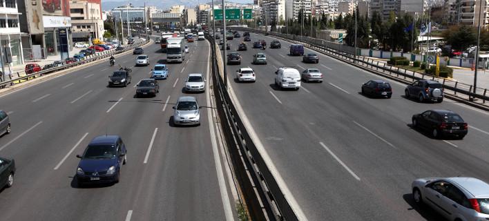 Μετά το αλαλούμ, η κυβέρνηση έδωσε παράταση για τα ανασφάλιστα ΙΧ έως 14 Ιουλίου