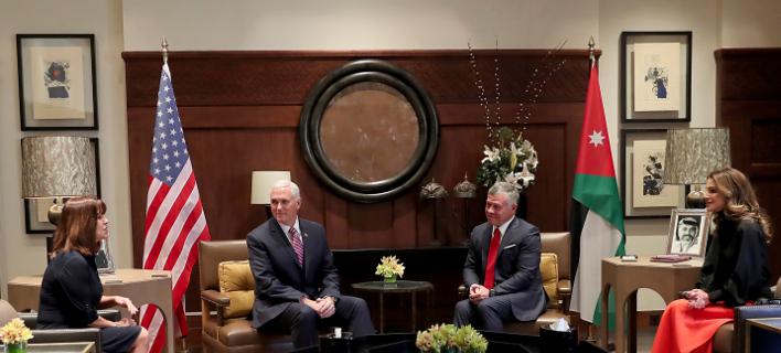 Από τη συνάντηση του βασιλιά Αμπντάλα με τον αντιπρόεδρο των ΗΠΑ, Μάικ Πένς/ Φωτογραφία:ΑΡ