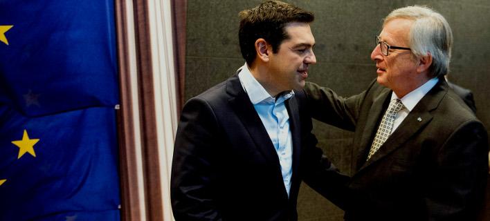 Γιούνκερ: Μίλησα με τον Τσίπρα στο τηλέφωνο – Είμαστε κοντά σε αίσιο τέλος για την αγαπημένη μου Ελλάδα