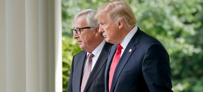 Τραμπ-Γιούνκερ/Φωτογραφία: AP