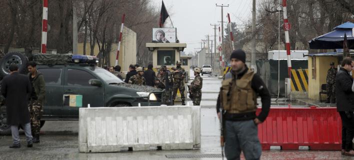 Επίθεση σε περιοχή με πρεσβείες στην Καμπούλ (Φωτογραφία: AP/ Massoud Hossaini)