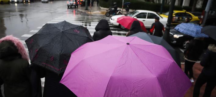 Βροχερός ο καιρός την Παρασκευή  (Φωτογραφία: EUROKINISSI/ΓΙΑΝΝΗΣ ΠΑΝΑΓΟΠΟΥΛΟΣ)