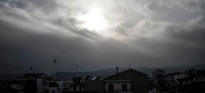 Συννεφιά (Φωτογραφία: EUROKINISSI/ΘΑΝΑΣΗΣ ΚΑΛΛΙΑΡΑΣ)