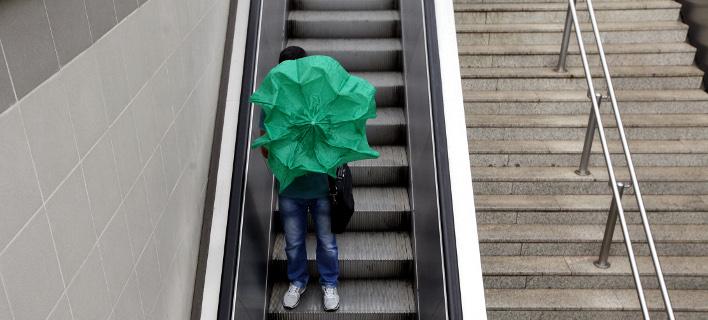 Κύμα κακοκαιρίας θα σαρώσει τη χώρα -Βροχές, χιόνια και σκόνη