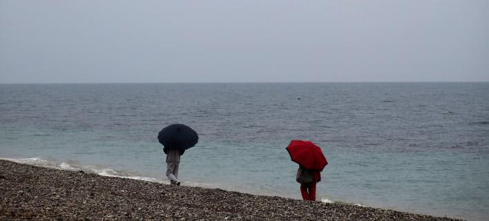 Μικρή άνοδος της θερμοκρασίας -Πού θα βρέξει σήμερα