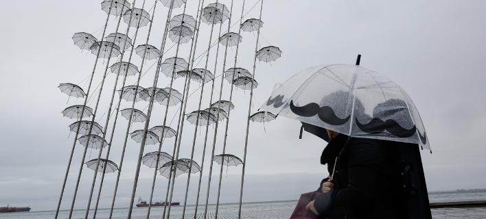 Απαραίτητη η ομπρέλα την Τετάρτη/ Φωτογραφία: SOOC- ΚΩΝΣΤΑΝΤΙΝΟΣ ΤΣΑΚΑΛΙΔΗΣ