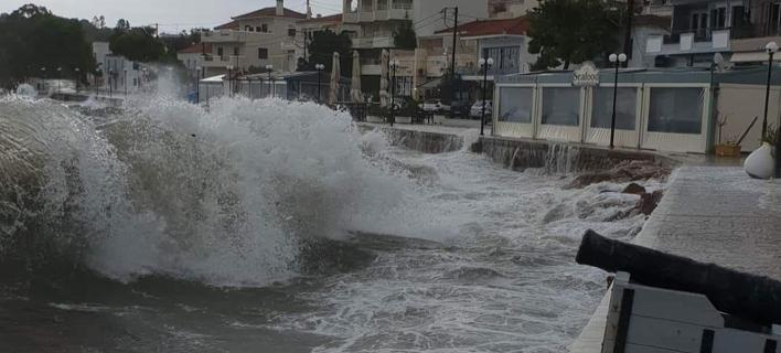 Νέο έκτακτο δελτίο για επικίνδυνα καιρικά φαινόμενα από την ΕΜΥ/ Φωτογραφία: EUROKINISSI