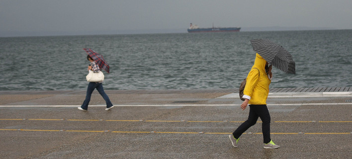 Βροχή Θεσσαλονίκη/ Φωτογραφία intime