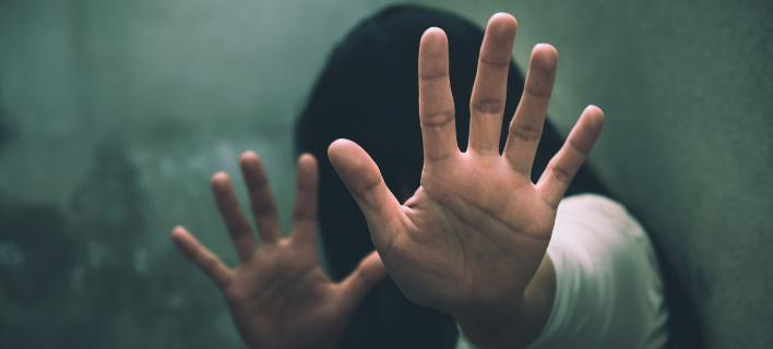Κακοποίηση- Φωτογραφία shutterstock