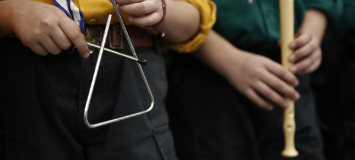 Φωτογραφίες: Eurokinissi- Σοκαριστικό: Λήστεψαν παιδί στο Αγρίνιο που έλεγε τα κάλαντα