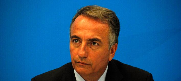 Καλαφάτης: Ο πρωθυπουργός να ζητήσει εξουσιοδότηση από τη Βουλή πριν προχωρήσει στην υπογραφή