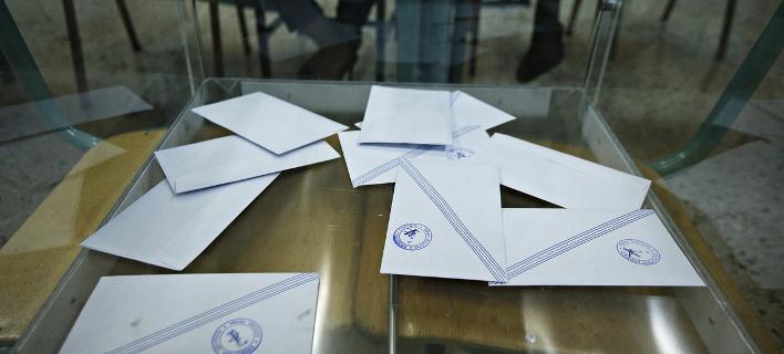 Με διαφορά 9,5 μονάδων μπροστά η ΝΔ από τον ΣΥΡΙΖΑ σε νέα δημοσκόπηση της Pulse