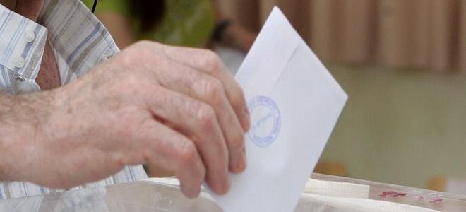 Δημοσκόπηση Pulse: ΣΥΡΙΖΑ 24,5% - ΝΔ 21,5% - ΠΑΣΟΚ 15,5%