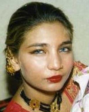 kameni 1 660 ΕΙΚΟΝΕΣ ΣΟΚ: Πακιστανή, θύμα επίθεσης με οξύ, αυτοκτόνησε από τον 6ο όροφο