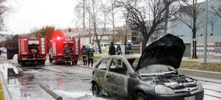 καμένο αυτοκίνητο/Φωτογραφία αρχείου: Eurokinissi
