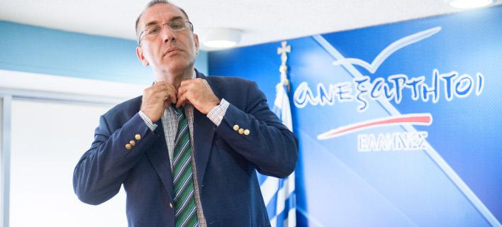 Ψάχνουν τον Δημήτρη Καμμένο: Παραιτήθηκε, αλλά πήρε μαζί του το κλειδί του γραφείου στο υπουργείο!