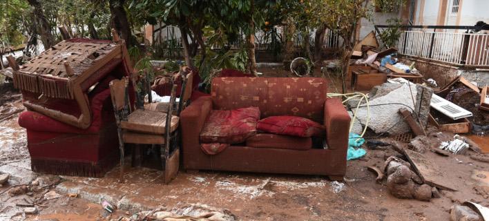 Αυτοψίες στη Δυτ. Αττική -Καταστράφηκαν 441 σπίτια & 112 επιχειρήσεις [εικόνες]