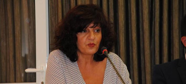 Τι απαντά η βουλευτής του ΣΥΡΙΖΑ με καταθέσεις 600 χιλιάδες ευρώ στο εξωτερικό