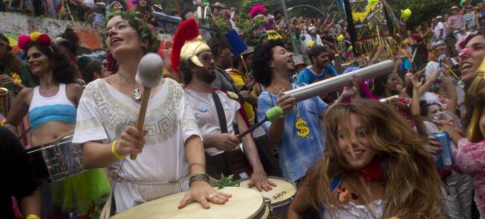 Το καρναβάλι στο Ρίο περιμένει 1,5 εκατομ. τουρίστες