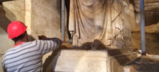 Οι Καρυάτιδες σε πανύψηλα βάθρα -Το μεγαλείο του τάφου της Αμφίπολης αποκαλύπτεται [εικόνες]