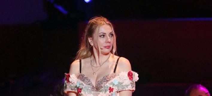 4874c4e1412d To παραμυθένιο φόρεμα της Σμαράγδας Καρύδη στη σκηνή του Μεγάρου Μουσικής   εικόνες