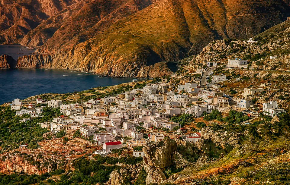 Το Μεσοχώρι στην Κάρπαθο/Φωτογραφία: Pixabay