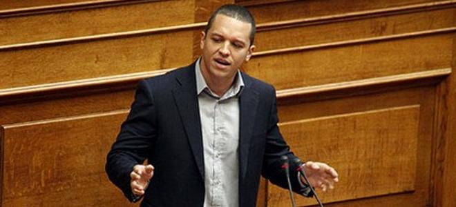 Το «ευχαριστώ» Κασιδιάρη σε Κωνσταντοπούλου και Γλέζο που δεν ψήφισαν την άρση χρηματοδότησης της ΧΑ