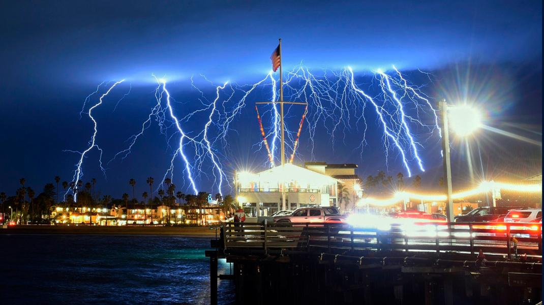 Ηλεκτρική καταιγίδα στην Καλιφόρνια