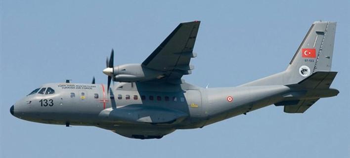 Νέα πρόκληση: Τουρκικό αεροσκάφος πέταξε 100 πόδια πάνω από τη νήσο Ζουράφα [χάρτης]