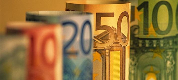 Οι καταθέσεις κάνουν φτερά; Τι φοβάται η Τράπεζα της Ελλάδος