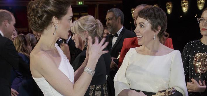 Ολίβια Κόλμαν, Κέιτ Μίντλετον στα χθεσινά BAFTA /Φωτογραφία: ΑΡ