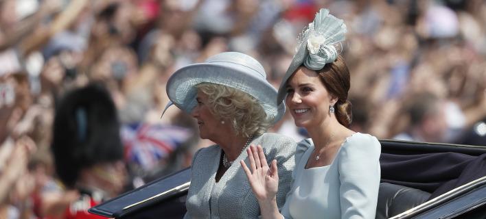 Η Δούκισσα του Κέιμπριτζ και η Καμίλα Πάρκερ Μπόουλς /Φωτογραφία: AP