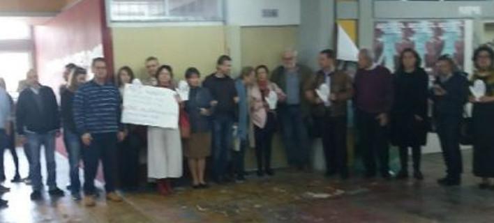 Καθηγήτρια Φιλοσοφικής: Ομάδα διοικητικών υπαλλήλων στήριζε την κατάληψη του Ρουβίκωνα