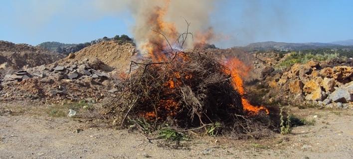 Ρέθυμνο: Εκαψαν μεγάλη ποσότητα ναρκωτικών [εικόνες]