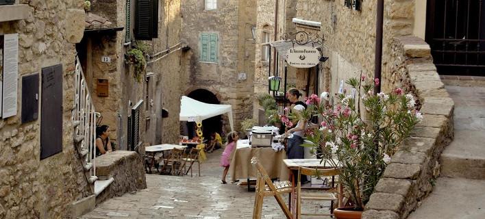 Το μικρότερο μεσαιωνικό χωριό της Μεσογείου -Ατμόσφαιρα παραμυθιού [εικόνες]