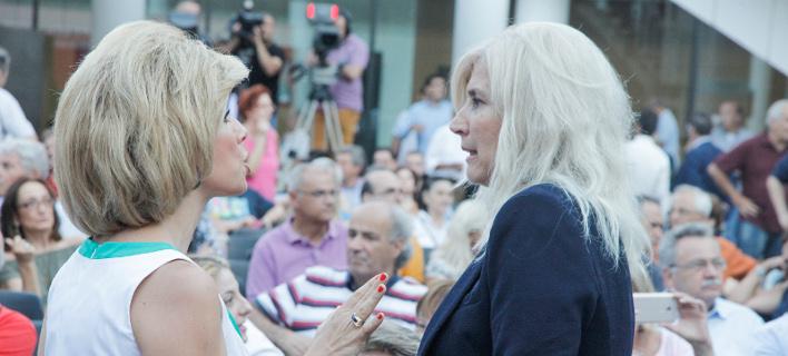 Ο ΣΥΡΙΖΑ πήγε Μέγαρο Μουσικής: Σέλφι, μοντέρνες τσάντες και φρέντο [εικόνες]