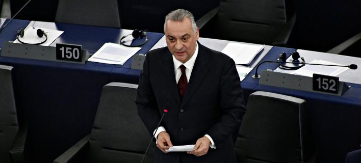 Ο πρώτος αξιωματούχος της Ελλάδας και της ΕΕ που θα δει από κοντά τους 2 Ελληνες-Φωτογραφία: Alexandros Michailidis / SOOC