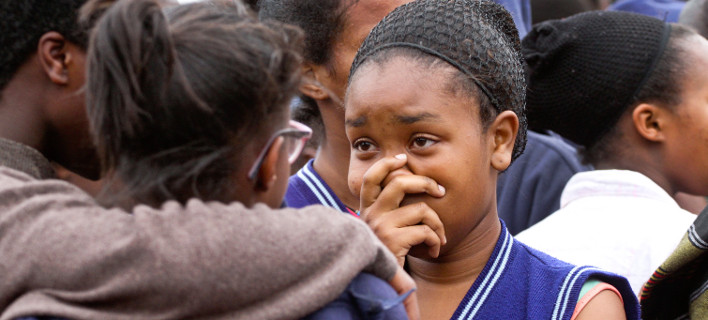 Ποινική δίωξη σε 14χρονη στην Κένυα -Κατηγορείται ότι πυρπόλησε το λύκειό της/ Φωτογραφία: AP