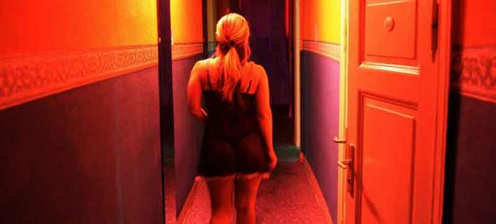 Σοκ με τη δράση κυκλώματος μαστροπών στην Αθήνα -20χρονες σκλάβες του σεξ για 10 ευρώ την ημέρα