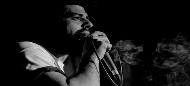 Συγκέντρωση του Ελληνικού hip hop στην ΕΣΗΕΑ με αφορμή τη δολοφονία του Παύλου Φύσσα