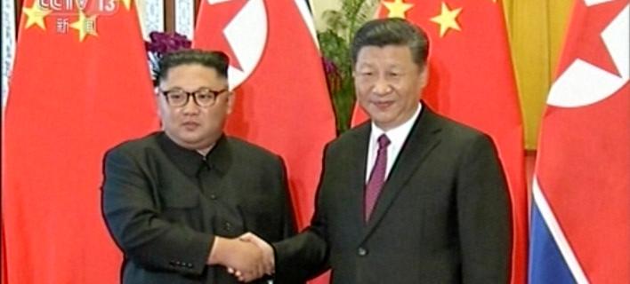 Βόρεια Κορέα: Κιμ Γιονγκ Ουν και Σι Τζινπίνγκ διαμόρφωσαν κοινή θέση για το ζήτημα της αποπυρηνικοποίησης
