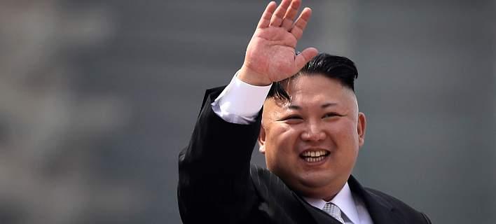 Κιμ Γιονγκ Ουν: Η Βόρεια Κορέα θα γίνει η ισχυρότερη πυρηνική και στρατιωτική δύναμη στον κόσμο
