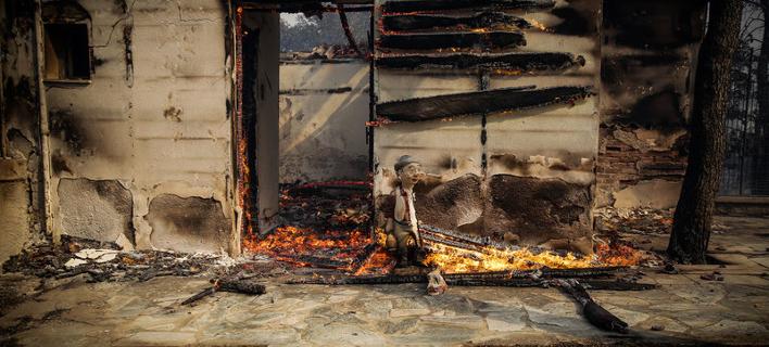 πυρκαγιά στην Κινέτα/Φωτογραφία: Eurokinissi/ΣΤΕΛΙΟΣ ΜΙΣΙΝΑΣ