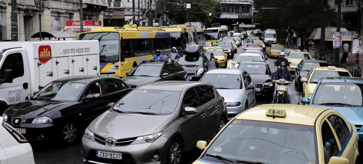 Ερχονται πρόστιμα έως 250 ευρώ για τα ανασφάλιστα οχήματα -Τα ποσά /Φωτογραφία: Intime News