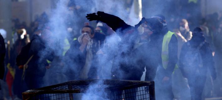 Νέα μέτρα κατά των Κίτρινων Γιλέκων/ Φωτογραφία: AP- Christophe Ena