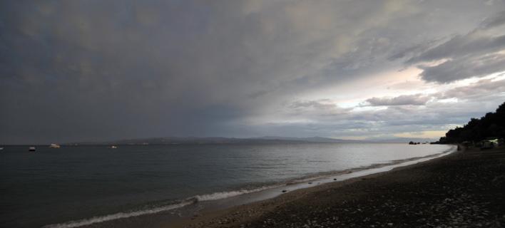 Πρόσκαιρες βροχές στη Μακεδονία σήμερα (Φωτογραφία: EUROKINISSI/ΘΑΝΑΣΗΣ ΚΑΛΛΙΑΡΑΣ)