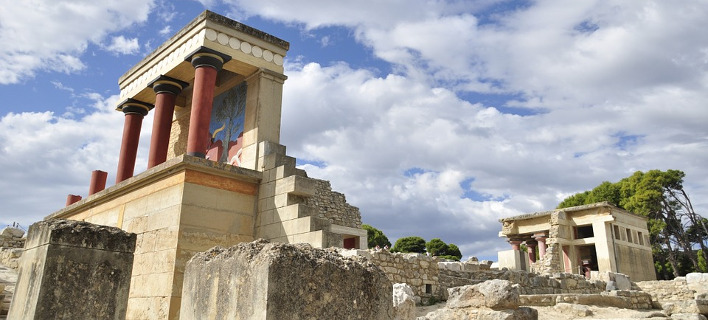 Για πρώτη φορά παράσταση στην Κνωσό: Μία όπερα-ντοκιμαντέρ για τον αρχαιολόγο που την ανακάλυψε [εικόνες]