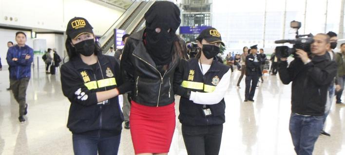 Δίωξη και στην Ελλάδα για την 20χρονη Ειρήνη που συνελήφθη με κοκαΐνη στο Χονγκ Κονγκ [βίντεο]